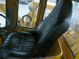 Cat 966C Wheel Loader - picture3' - Click to enlarge