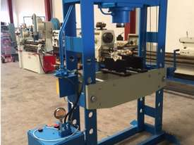 Hydraulic Motor Driven H Frame Press, 100 Tonne - picture4' - Click to enlarge