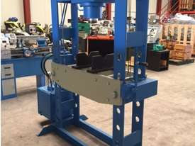 Hydraulic Motor Driven H Frame Press, 100 Tonne - picture5' - Click to enlarge