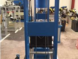 Hydraulic Motor Driven H Frame Press, 100 Tonne - picture13' - Click to enlarge