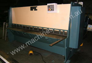 EPIC 3070 x 8mm Variable Rake Guillotine