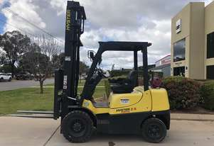 Used Hyster H2.50TX LPG 2 Stage Mast Side-Shift Forklift For Sale