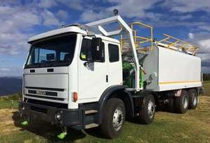 Iveco 2001 International ACCO 2350G