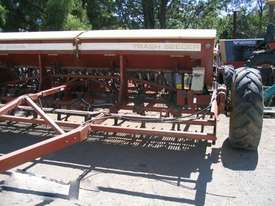 Napier 423 Culti Seeders Seeding/Planting Equip - picture2' - Click to enlarge