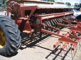 Napier 423 Culti Seeders Seeding/Planting Equip - picture3' - Click to enlarge