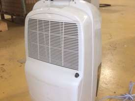 Dehumidifier by Delonghi - picture0' - Click to enlarge