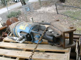 AUGER 15,000 series , 8ton to 15ton machines - picture0' - Click to enlarge