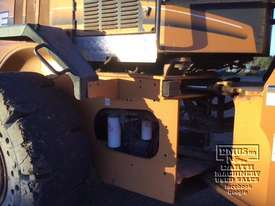 Case 621D-XT Wheel Loader, with attachments. EMUS NQ - picture11' - Click to enlarge