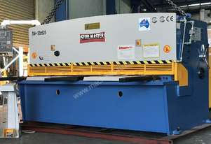 Heavy Duty Industrial Build 2500mm x 4mm Hydraulic Guilloitne