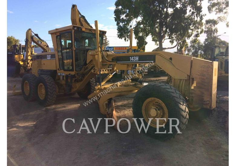 Used 2005 Caterpillar 143H Grader in , - Listed on Machines4u