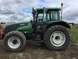 Valtra  T170 FWA/4WD Tractor - picture0' - Click to enlarge