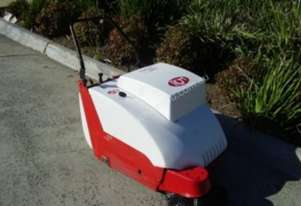RCM 500E 600E & 700E Walk Behind Vacuum Sweeper