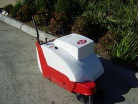 RCM 500E 600E & 700E Walk Behind Vacuum Sweeper - picture0' - Click to enlarge