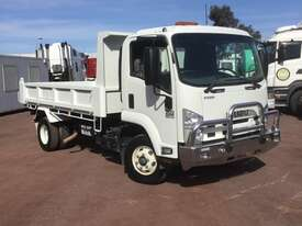 Isuzu FRR500 Tipper Truck - picture1' - Click to enlarge