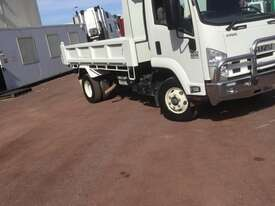 Isuzu FRR500 Tipper Truck - picture11' - Click to enlarge