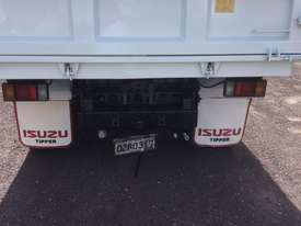 Isuzu FRR500 Tipper Truck - picture6' - Click to enlarge