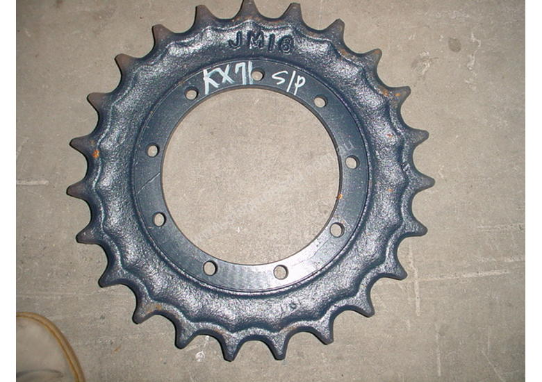 Sprocket Kubota K008