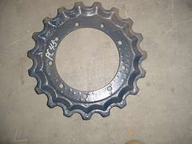 Sprocket Kubota K008 - picture4' - Click to enlarge