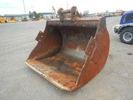 1950mm Mud Bucket to suit 47 Ton - 20173-1 - picture0' - Click to enlarge