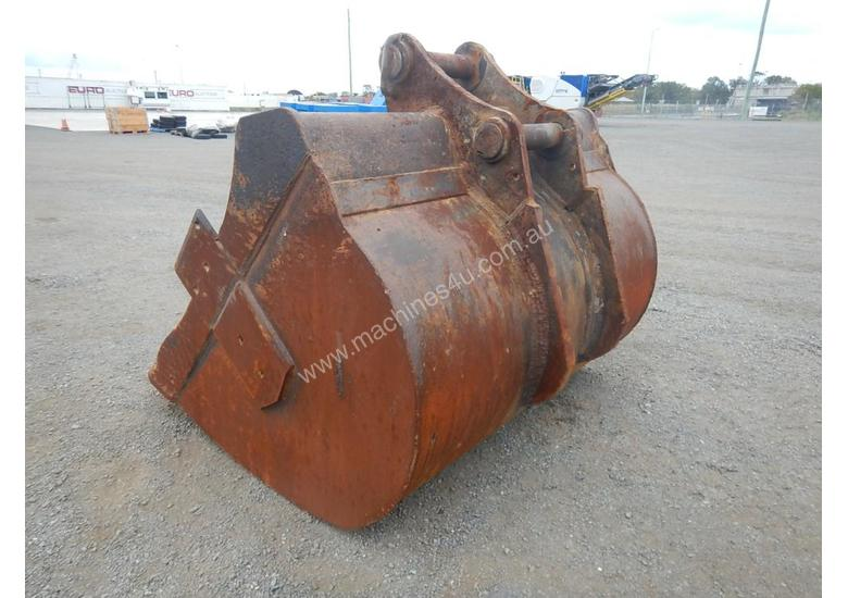 1950mm Mud Bucket to suit 47 Ton - 20173-1