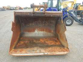 1950mm Mud Bucket to suit 47 Ton - 20173-1 - picture4' - Click to enlarge