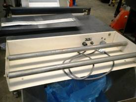 Heatshrink Australia Thermoseal Wrapper. Bench Top