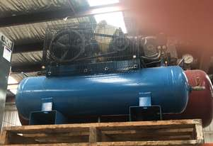 Peerless Piston Compressor 4Hp