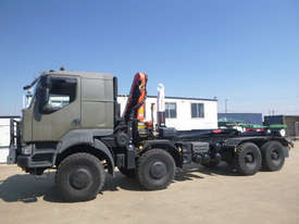 Renault Kerax Hooklift/Bi Fold Truck - picture0' - Click to enlarge