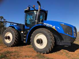 2011 New Holland T9.390 - picture0' - Click to enlarge