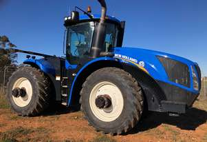 New Holland 2011   T9.390