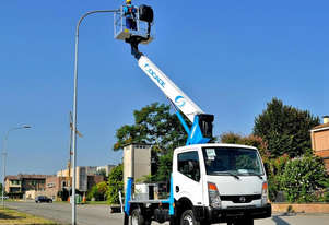 Truck Mounted Elevating Work Platform Cherry Picker