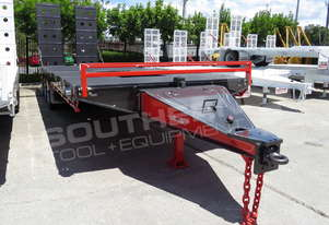 Interstate trailers ELITE Tri Axle 28 Ton Tag Trailer BLK & RED ATTTAG