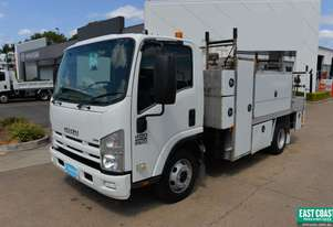2011 ISUZU NPR 400 Service Vehicle