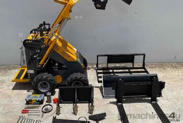 HYSOON HY380 MINI LOADER PACKAGE INCLUDES 8 x ATTACHMENTS - TWIN LEVER MODE