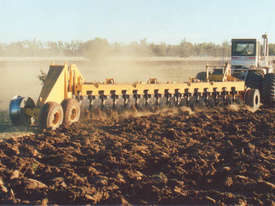Savannah 516 Magnum 16-disk One-way Plow - picture0' - Click to enlarge