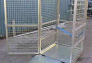 Gas Cylinder Storage Cage with Ramp (Assembled)