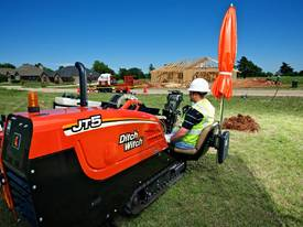 Ditch Witch JT5, 5k lbs compact directional drill - picture1' - Click to enlarge