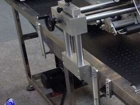 High-Speed Top-Side Labeler - picture3' - Click to enlarge