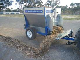 Seymour 2200 Mulch Spreader - picture0' - Click to enlarge
