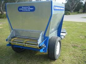 Seymour 2200 Mulch Spreader - picture5' - Click to enlarge