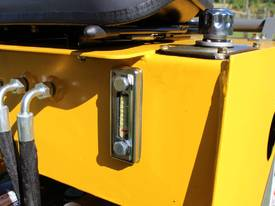 On Sale Tiger Mini Digger Ozziquip New GOLD COAST - picture4' - Click to enlarge