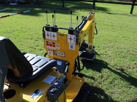 On Sale Tiger Mini Digger Ozziquip New GOLD COAST - picture6' - Click to enlarge