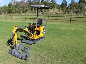 On Sale Tiger Mini Digger Ozziquip New GOLD COAST - picture7' - Click to enlarge