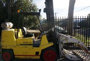 7 tonne Hyster space saver & Paper Roll Clamp