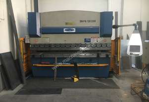 3.2m 135tonne press brake for sale