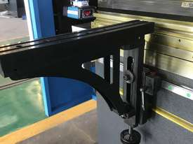 ACCURL 4200mm x 135Ton 5 Axis CNC Pressbrake - picture4' - Click to enlarge