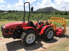 AGT 850/860 Reversible Console Tractor - picture0' - Click to enlarge