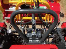AGT 850/860 Reversible Console Tractor - picture8' - Click to enlarge