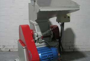 Industrial Plastic Granulator - 7 HP