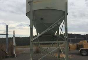 Silo - 30m3 with vibratory bin activor and silo venting filter